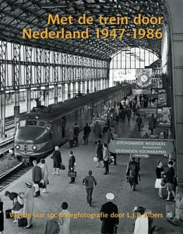 Uitgeverij Uquilair 11010 Met de trein door Nederland 1947-1986