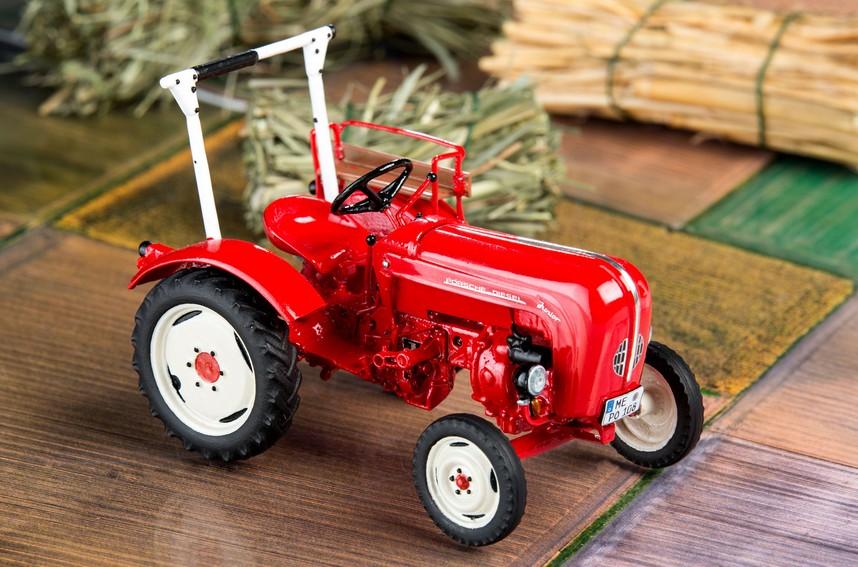 revell 07820 traktor porsche junior 108 menzels. Black Bedroom Furniture Sets. Home Design Ideas